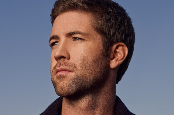 "Josh Turner - ""Lay Low"""