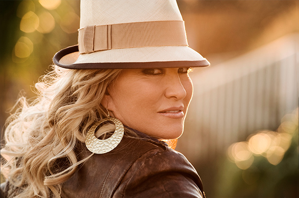 Tanya Tucker Tour Dates for 2015 Annunced