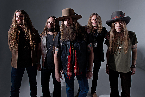 "Blackberry Smoke - ""Let Me Help You (Find The Door)"""
