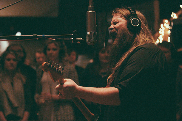 "Chris Stapleton's ""Traveller"" Scheduled for May 5"