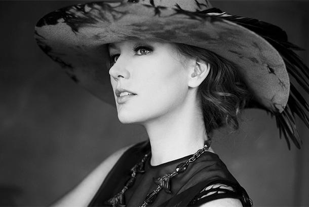 "Allison Moorer - ""Wish I"""