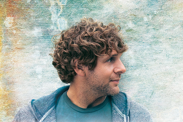 "Billy Currington - ""Drinkin' Town With A Football Problem"""