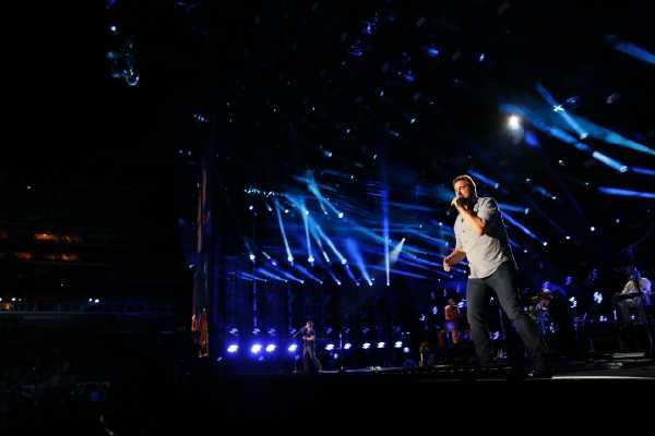 Randy Houser Stuns Fans at CMA Music Fest