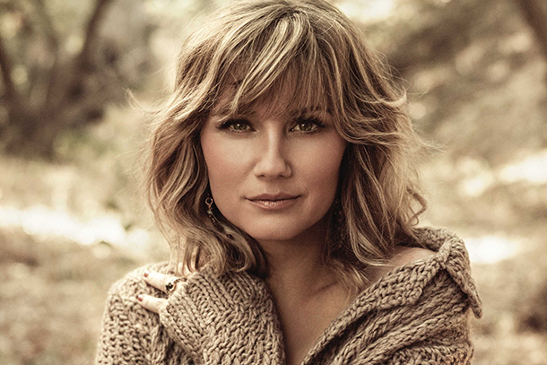 "Jennifer Nettles Feat. Jennifer Lopez - ""My House"""
