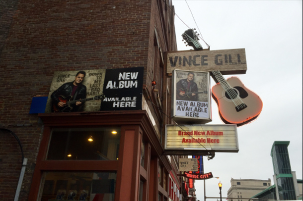 Vince Gill To Perform Pop Up Show At Ernest Tubb Record Shop