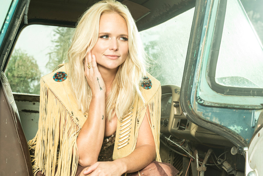 Top 10 Country Albums Chart: December 7, 2016