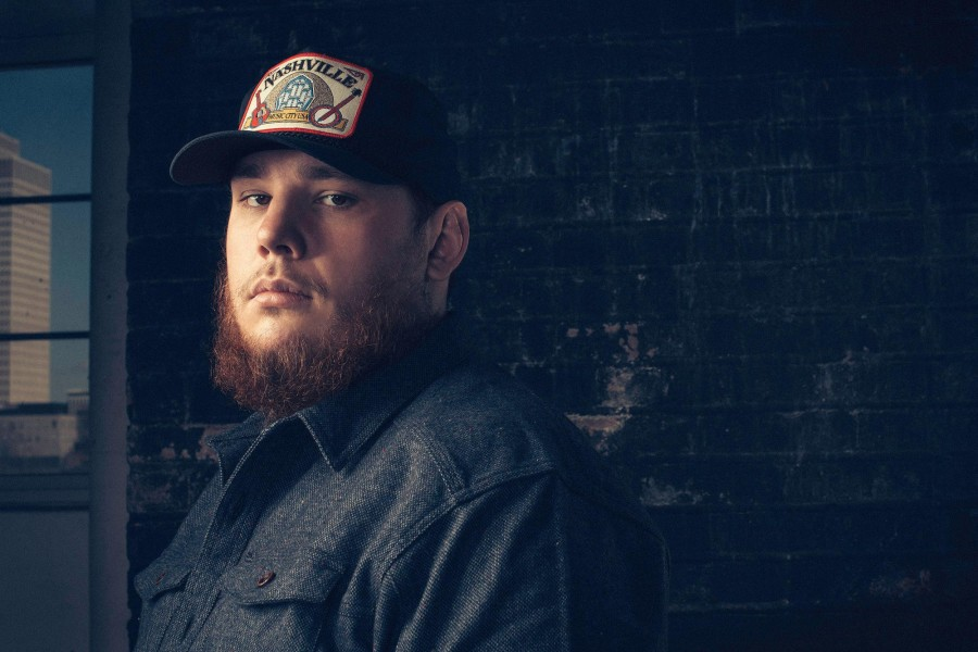 "Luke Combs ""This One's For You"" Tracklist & Cover Art"