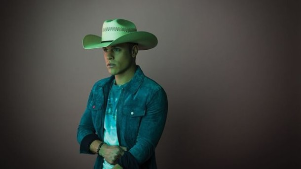 "Album Review: Dustin Lynch - ""Current Mood"""