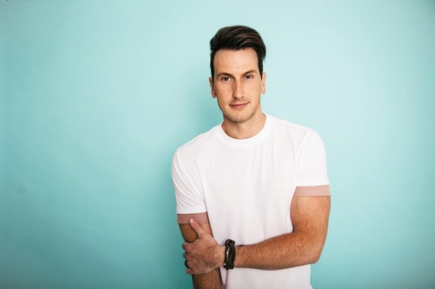 "Album Review: Russell Dickerson - ""Yours"""