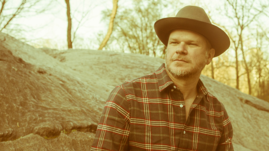 "Jason Eady To Release ""I Travel On"" In August"
