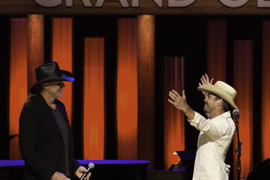Dustin Lynch Invited To Join The Grand Ole Opry
