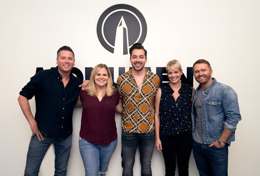 Alex Hall signs with Monument Records
