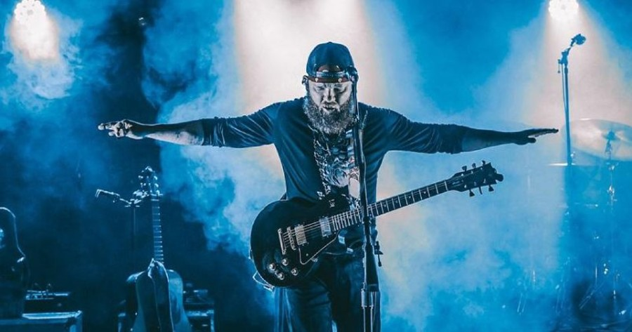 "Album Review: Stoney LaRue - ""Onward"""