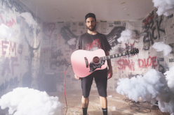 "Ruston Kelly Releases ""Radio Cloud"" Music Video"