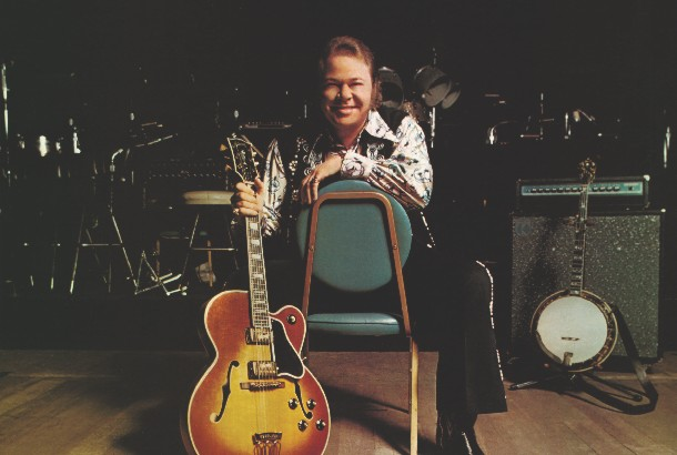 "Album Review: Roy Clark - ""Greatest Hits"""