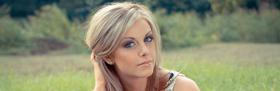 Lindsay Ell Reflects on Recent Tour With The Band Perry