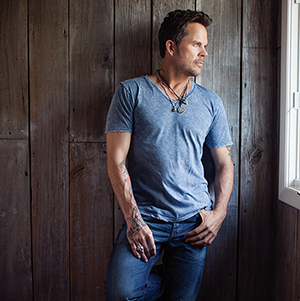 """Story Behind the Song: Gary Allan, """"Pieces"""""""