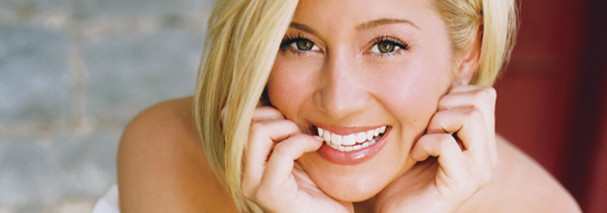 Kellie Pickler - Don't You Know Youre Beautiful