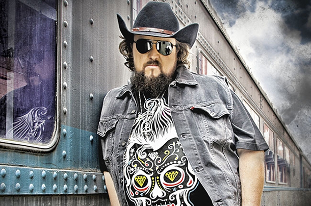 Audio Track: Colt Ford - Workin' On
