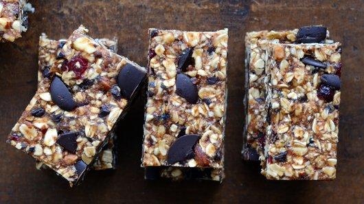 Moist & Chewy Granola Bars
