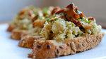 Thumbnail artichoke mushroom crostini pf
