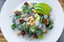 Onecolumn kale avocado tempeh salad  142