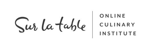 Small sur la table logo