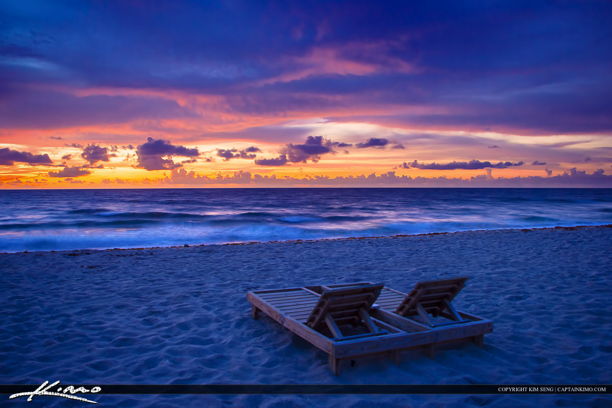 Beach chairs at deerfield by the fishing pier broward for Deerfield beach fishing pier