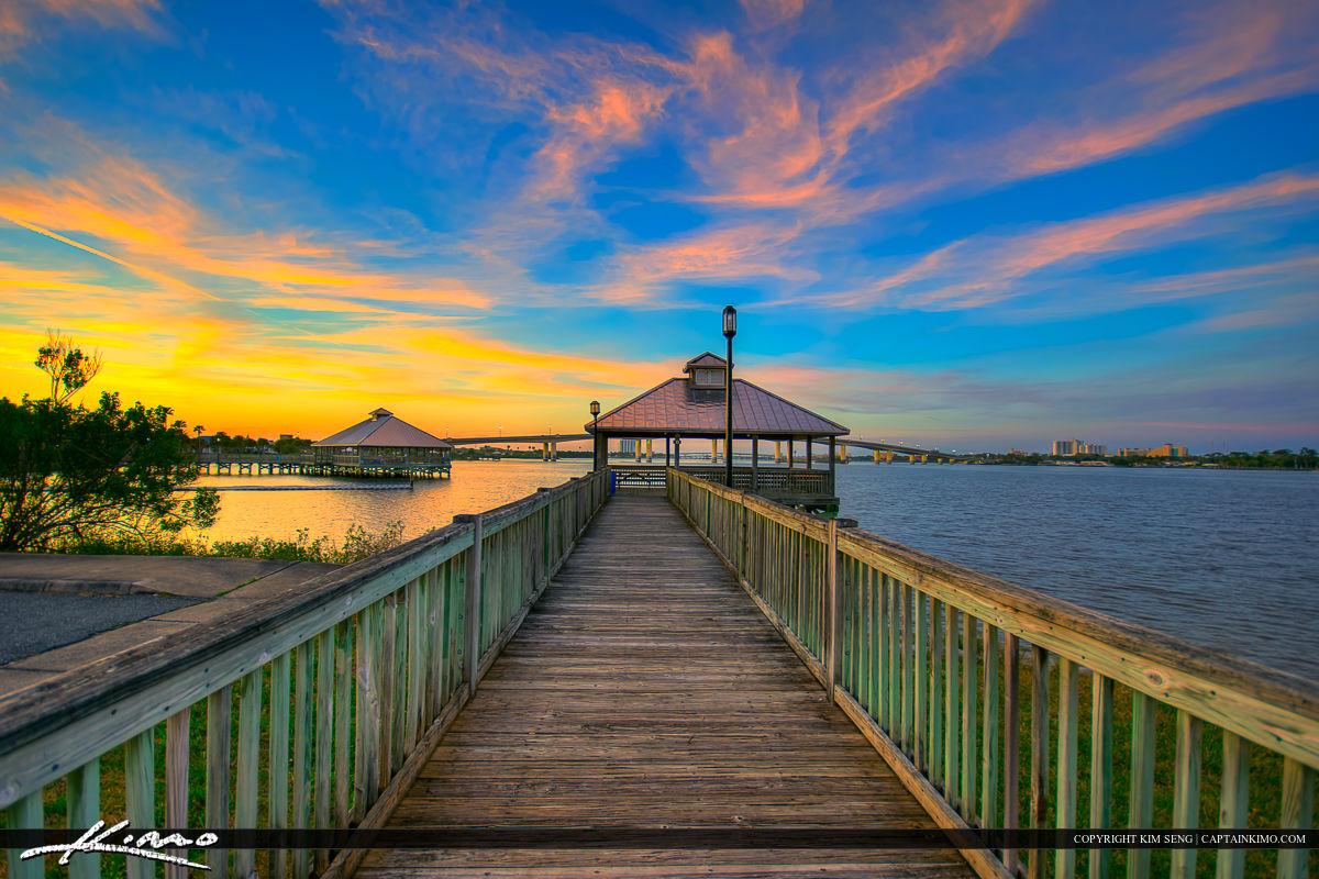 Daytona beach florida fishing pier halifax river royal for Daytona beach fishing