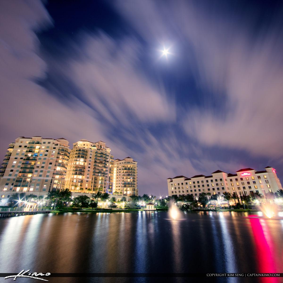 Downtown At The Palm Beach Beaches Moon