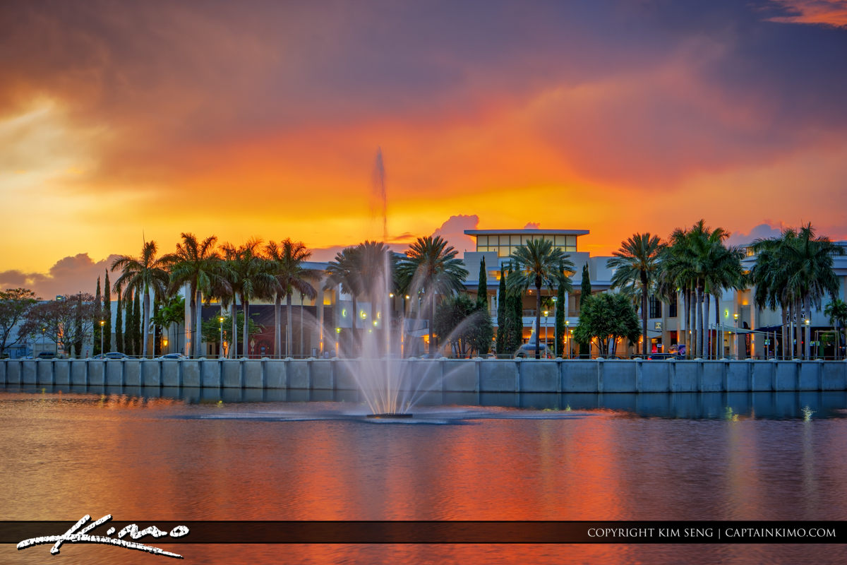 Sunset downtown palm beach gardens fountain royal stock photo for The fountains palm beach gardens