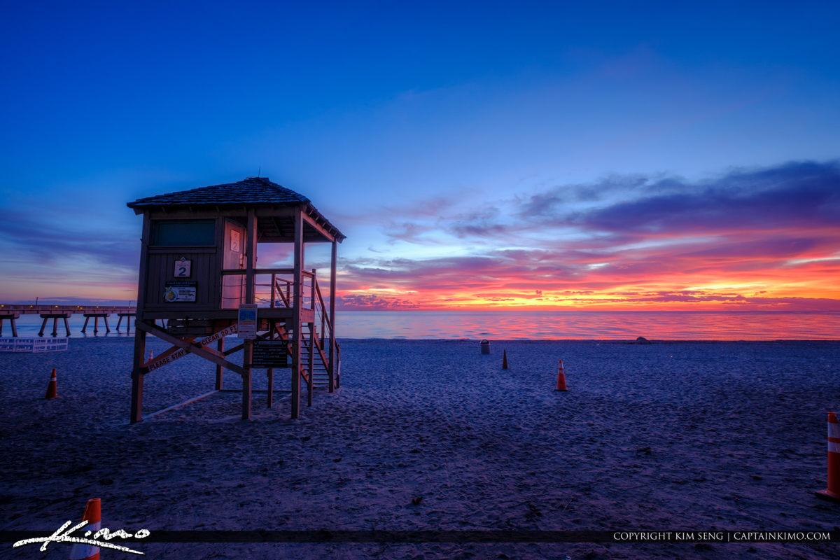 Deerfield beach international fishing pier lifeguard tower for Deerfield beach fishing pier