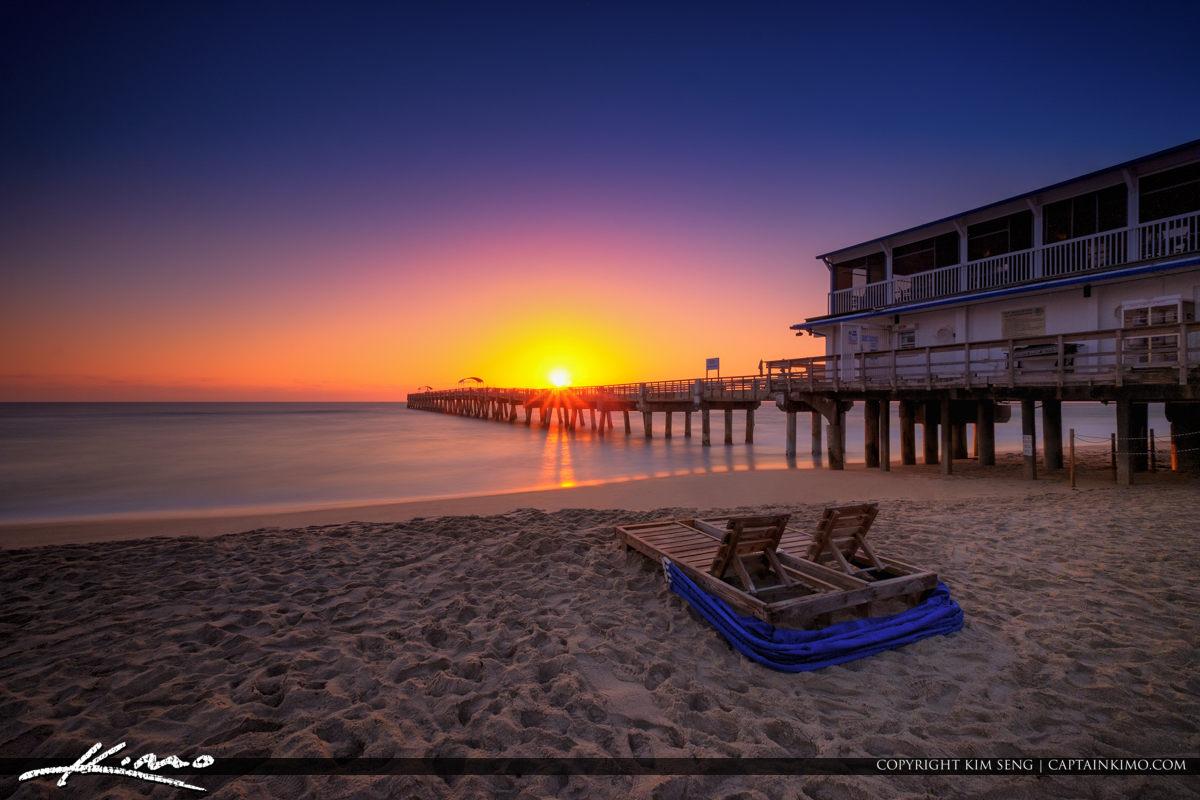 Lake worth pier sunrise smooth ocean at beach royal for Lake worth pier fishing