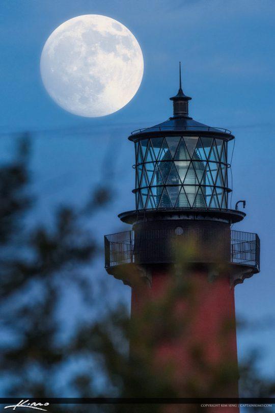 Mighty Moon Rise Jupiter Florida Close Up