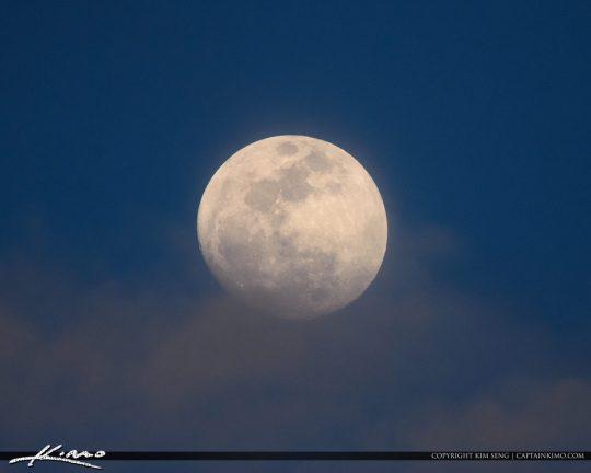 Moon Rise Florida Sky Palm Beach Gardens