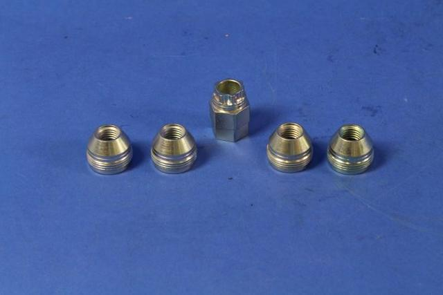 Wheel Locks (Models With Covered Lug Nuts) - Mopar (82211462)