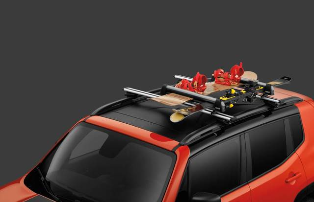 Roof Snow/Ski Carrier - Mopar (TCS92725)