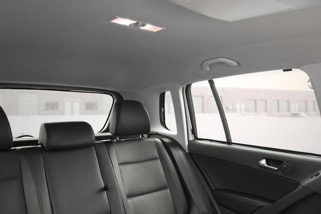 Sun Shade Pop In For Rear Side Windows - Volkswagen (5N0-064-363)