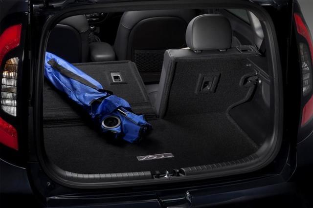 Cargo Mat, Carpeted W/ Seat Back Protection - Kia (B2012-ADU20)