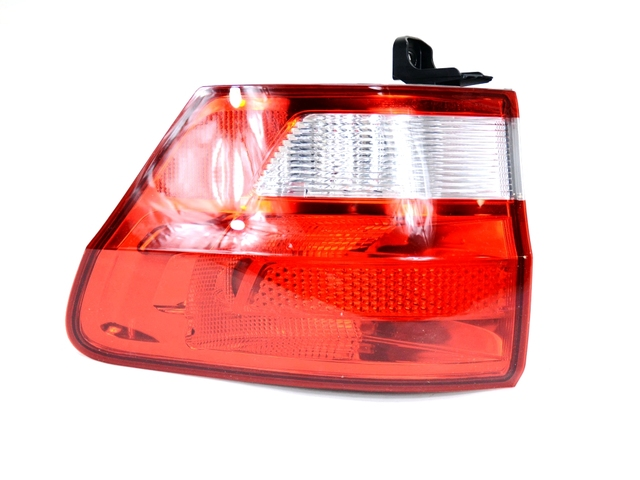 Jeep Grand Cherokee Tail Lamp Assembly (55079420AG) - Mopar (55079420AG)