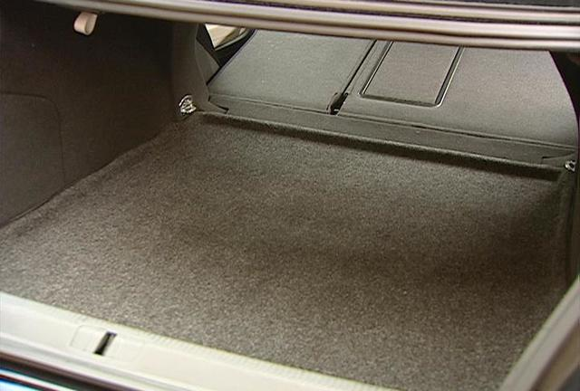Heavy Duty Trunk Liner With Cargo Blocks - Volkswagen (3C5-061-166-469)