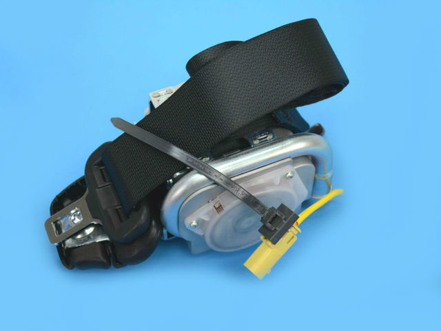 Front Outer Seat Belt, Left - Mopar (5KC67DX9AG)
