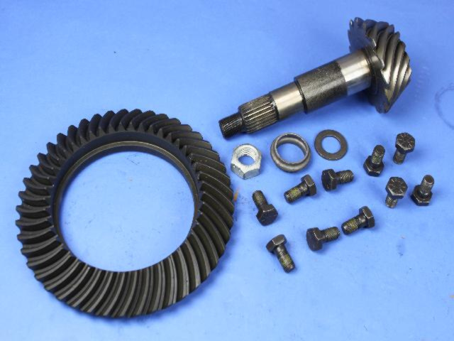 RING AND PINION - GEAR KIT 68035568AA