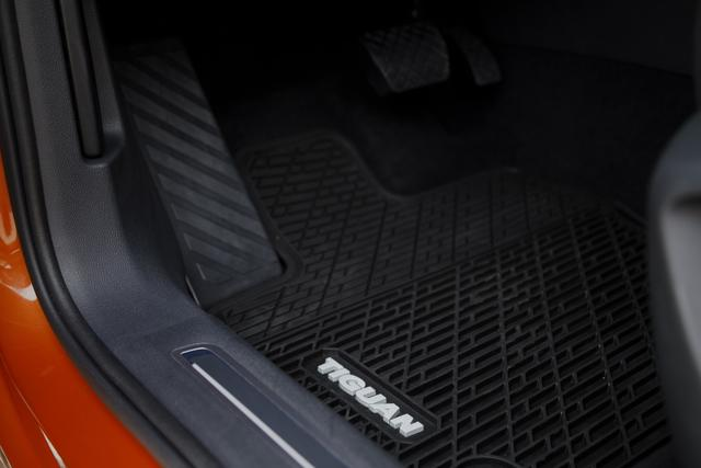 Monster Mats With Tiguan Logo (For 5-Seater) - Volkswagen (5NN-061-550-041)