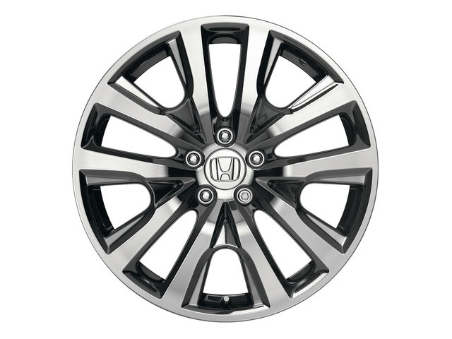 "Wheel, Alloy (Diamond Cut 19"")"