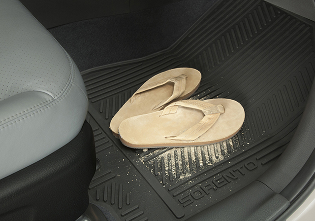 Floor Mats, All-Weather - Kia (1UF13-AC000)
