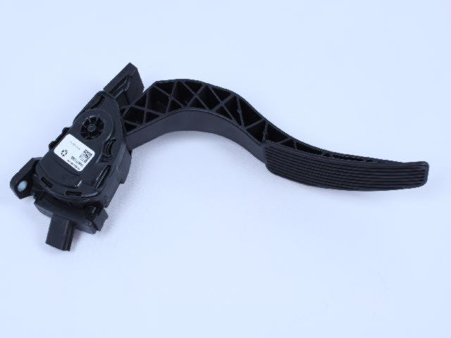 Chrysler Genuine 4581621AB Brake Pedal Bracket