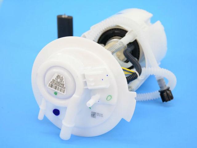 CHRYSLER OEM-Fuel Pump 68231311AB