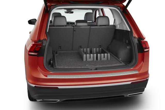 Heavy Duty Trunk Liner With Cargo Blocks (For - Volkswagen (5NN-061-166-469)