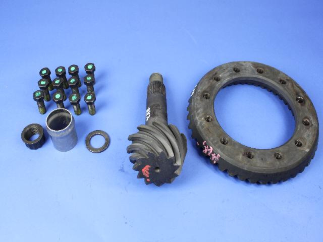 Ring And Pinion Gear Kit - Mopar (5086816AD)